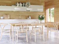 Идеи: кухонный микс классического и ультрасовременного интерьера