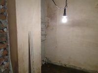 Фото до и во время ремонта: Светлая уборная