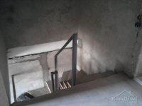 Фото до и во время ремонта: Два уровня для дружной семьи